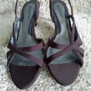 03ee704d138 Naturalizer Prissy Shoes on Poshmark